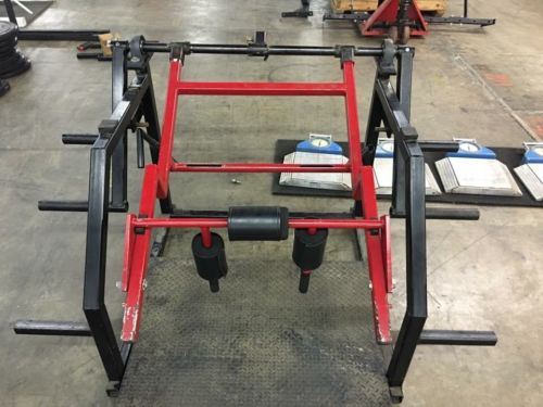 Pendulum Squat Pro Machine