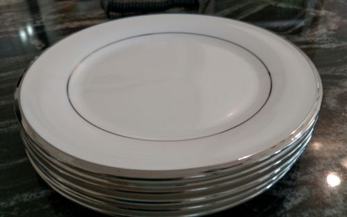 NWT Lot of 5 Lenox SOLITAIRE white  Platinum Salad Plates DIMENSION COLLECTION
