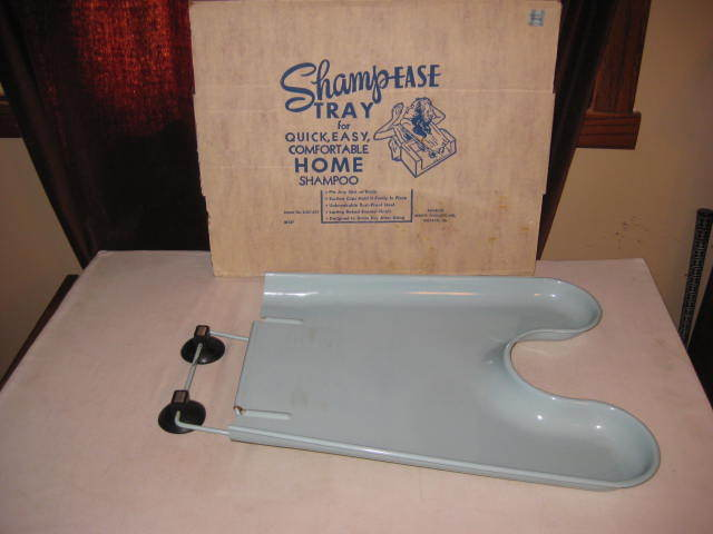 VINTAGE SHAMP EASE METAL HOME SHAMPOO TRAY IN ORIGINAL BOX