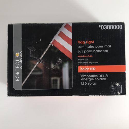 Solar Powered Flag Pole Light
