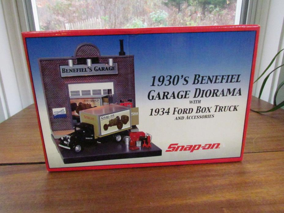 1934 Ford Box Truck Benefiel Garage Diorama SNAP-ON TOOL New Collectable AS-1