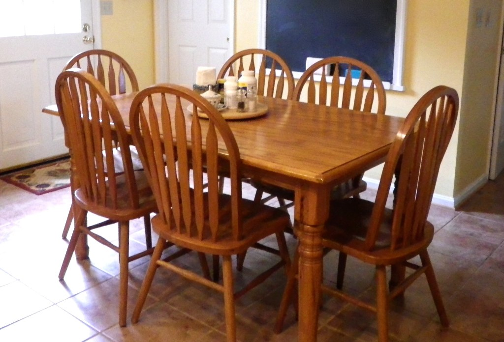 Oak Table and Chairs $300