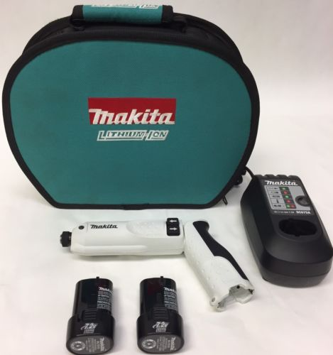 Makita TD020D 7.2v Cordless Pen Type Impact Driver Set Tool