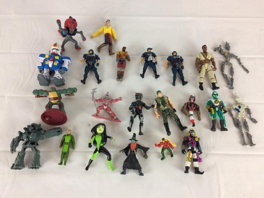 Mixed Action Figure Lot Toys...