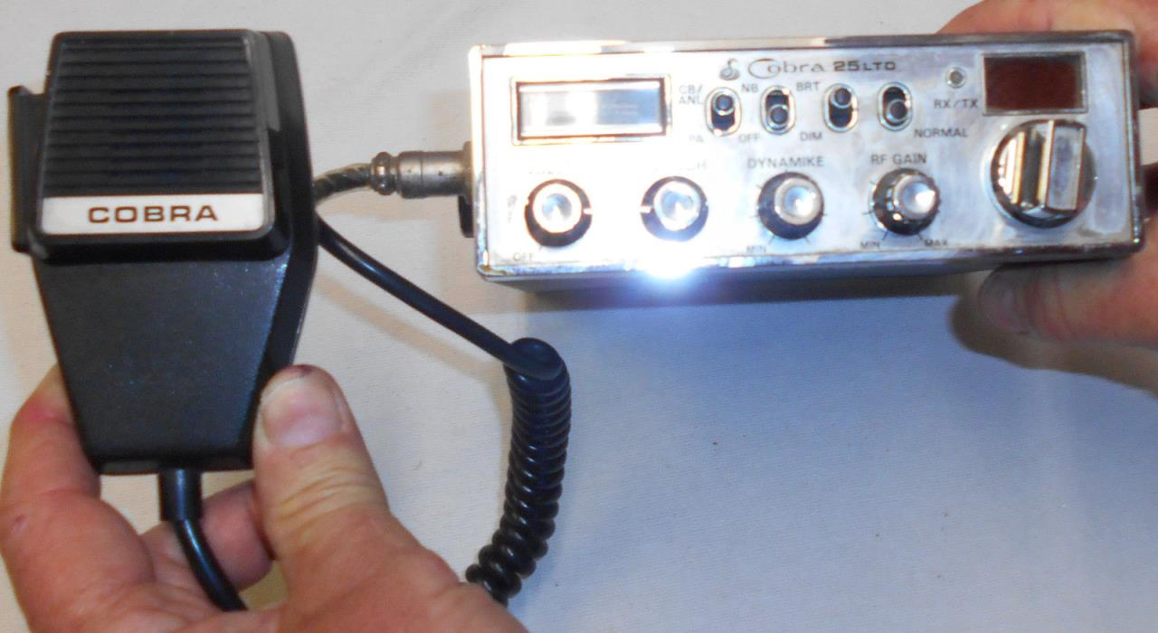 VTG Cobra 25LTD Classic CB Radio w Mic