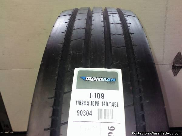 11R24.5 I-307 open shoulder 16 ply drive tire