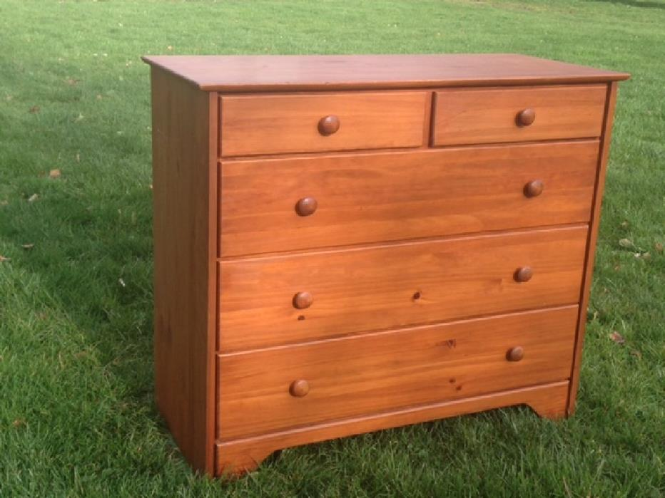 Pine dresser $50
