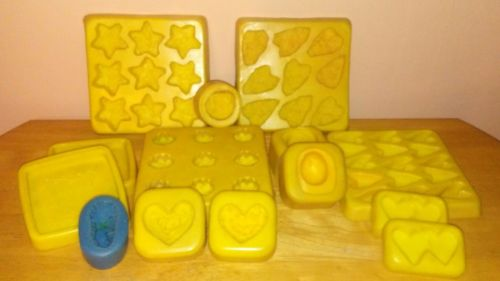 CANDLE SOAP MAKING SUPPLIES 14 MOLDS GRUBBY PRIMITIVE NOVELTY VOTIVE TART LOT