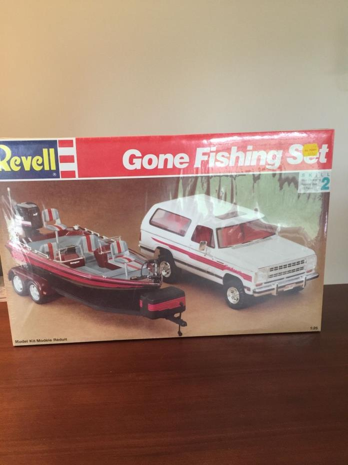 Vintage 1991  Revell Gone Fishing Set Truck with Bass Boat.  Factory Sealed.