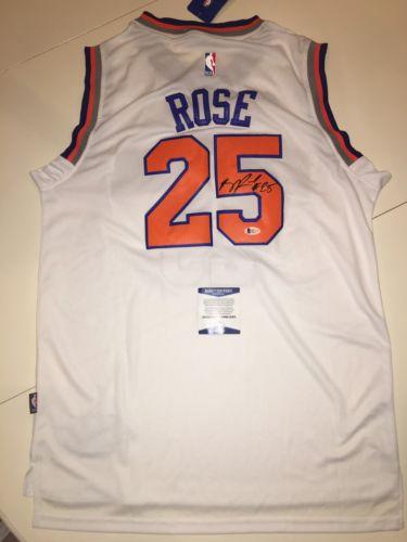 Derrick Rose Signed New York Knicks Jersey Beckett COA #25 Bulls ROY MVP NBA !