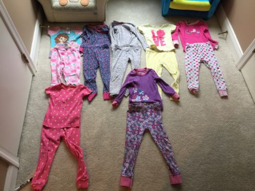 Lot  7 Sets Girls Pajamas 3T 4T 5T