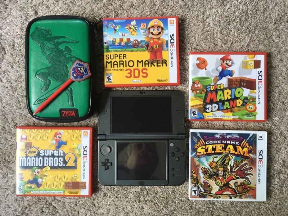 New Nintendo 3DS XL 32 GB with 4 games, case and stylus charger included no pic