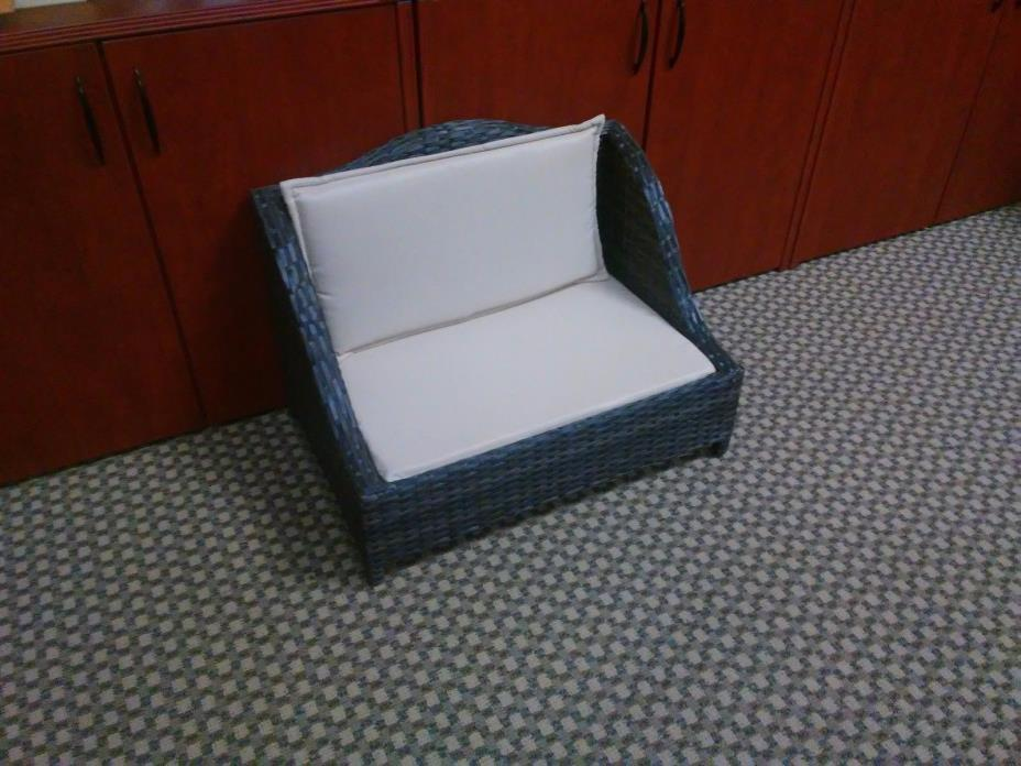 Childs Chair Bench, Infant Seat, Furniture with cushions