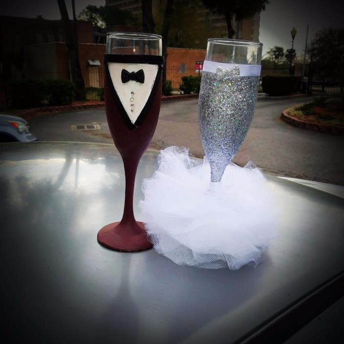 custom wedding Champagne Toasting Flutes wedding glasses Set