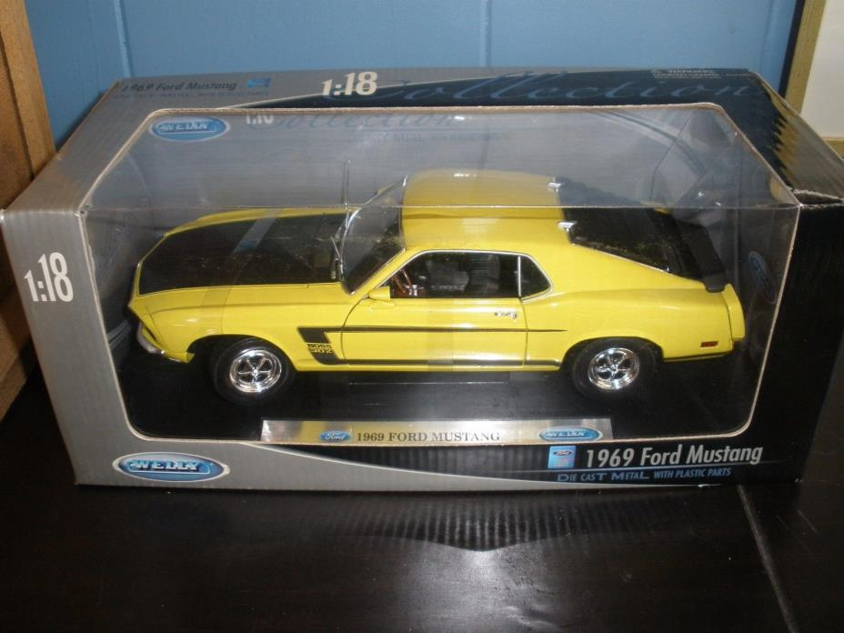 Welly 1969 Ford Mustang 1:18 Diecast Car Yellow NIB