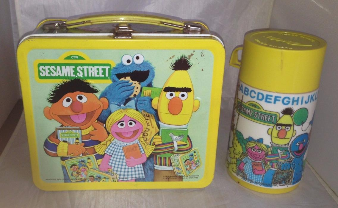 Vintage Sesame Street 1979 Aladdin Metal Lunch Box With Thermos