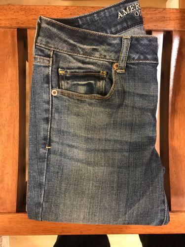 Women's American Eagle Jeans 6