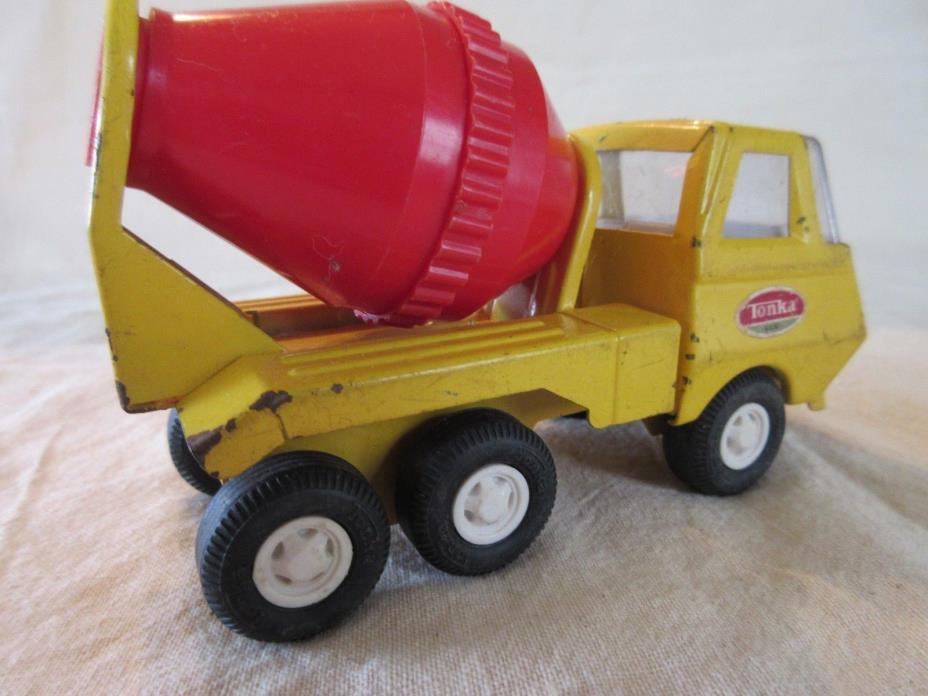 Vintage Tonka Toy Cement Mixer Truck