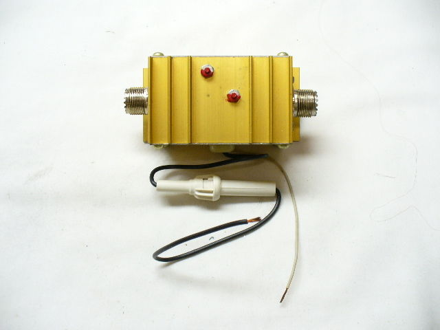 B-25 10 meter CB AMPLIFIER AM OR SSB 12 VOLT DC   5W IN - 25W OUT