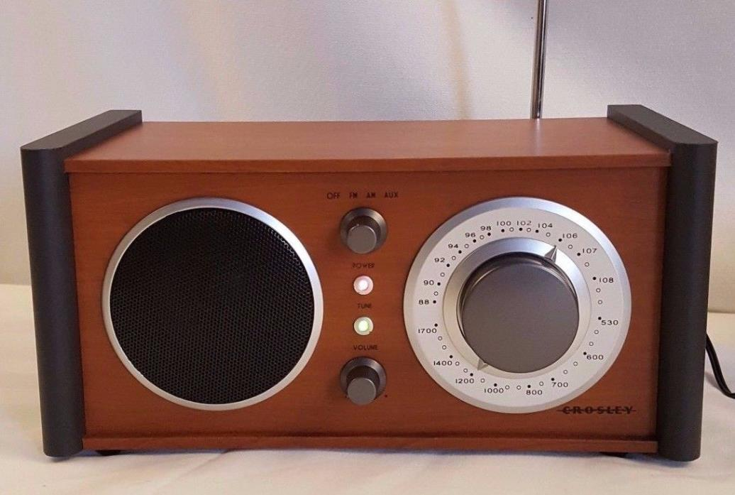 Crosley AM FM Receiver CR3018-PA