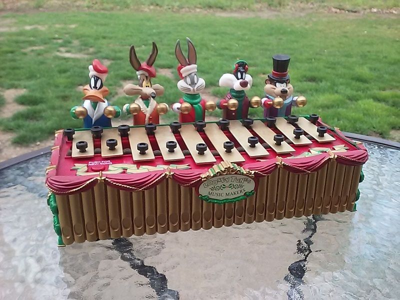 Looney Tunes Animated Musical Xylophone Bugs Bunny Mr Christmas Music Makers