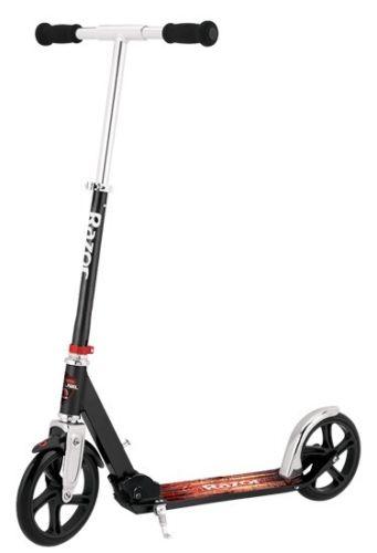 Razor A5 Lux Kick Scooter-Black