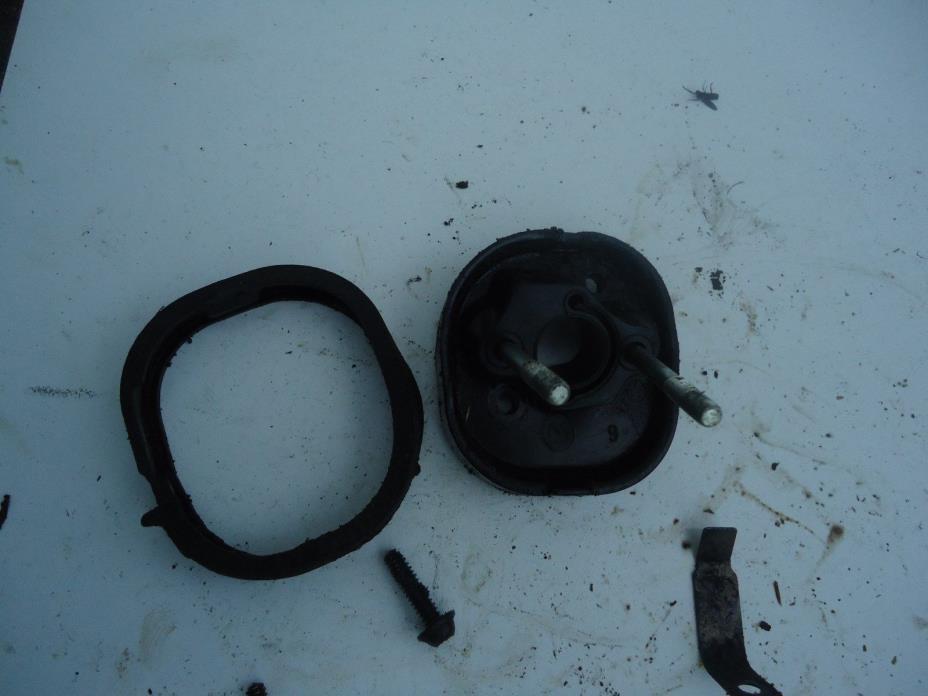 Poulan 2150 Chainsaw air/gas mixture intake