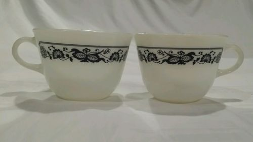 2 PYREX  MILK GLASS OLD TOWN, BLUE ONION, COFFEE MUGS CUPS