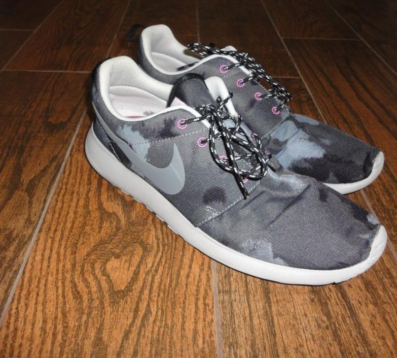 Womens Nike Roshe Gray Camo Pink Running Shoes Sz. 11
