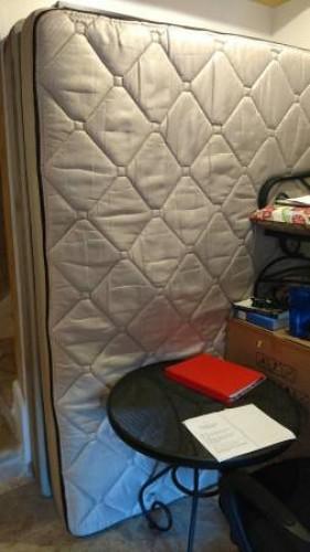 Complete Queen bed set $200