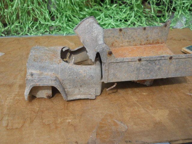 Once Was Vintage International IH Ertl Loadstar Toy Dump Truck Wrecked Destroyed