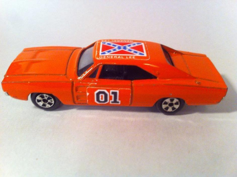 1969 General Lee #01 Dukes of Hazzard Dodge Charger 1:64 Die Cast Car Ertl 1981