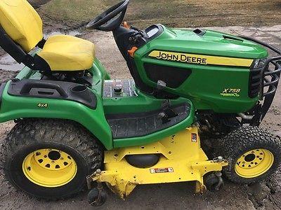 2013 John Deere X758 Garden Tractors