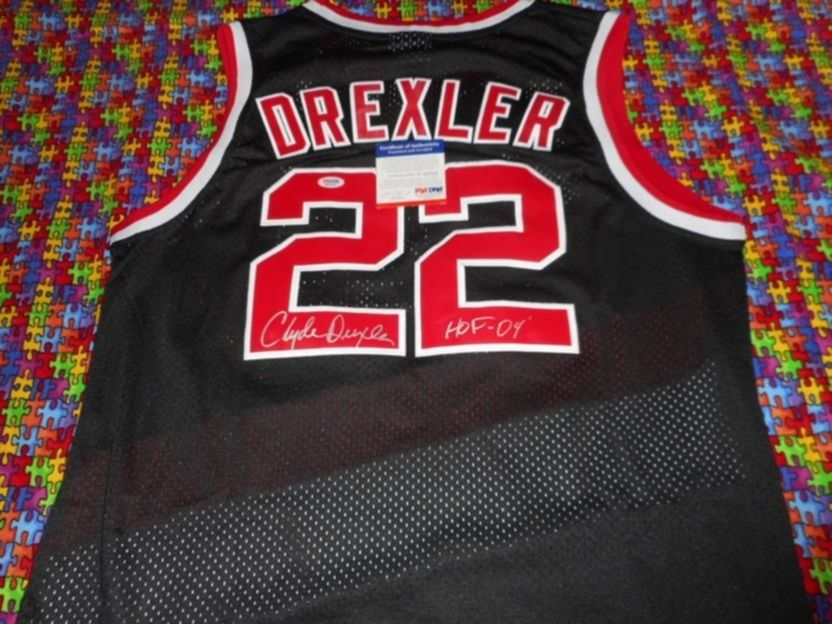 signed Clyde Drexler with COA autographed Portland Trailblazers NBA Jersey