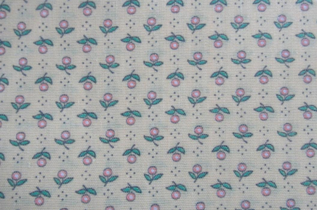 4 7/8 yds Vtg DAINTY ROSE BUDS on LIGHT YELLOW Sewing Fabric F108-11