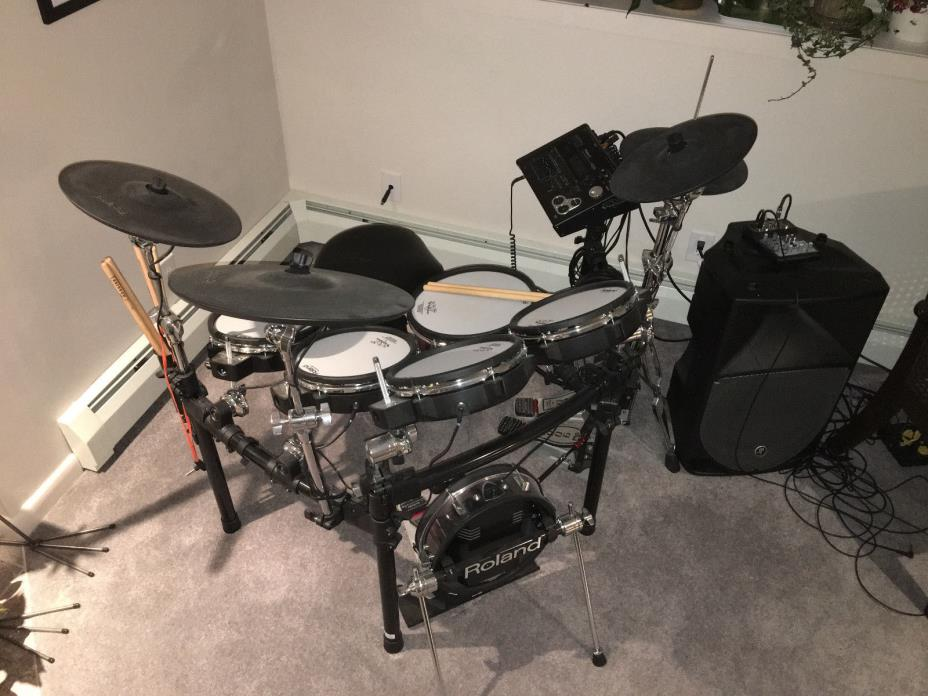 Roland TD-30K V-Pro Electronic Drums w Extras DW 9000 Hi-Hat & Double Base Pedal