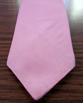 New Austin Manor Men's Tie Pink 97% Polester 3% Silk  2 1/2