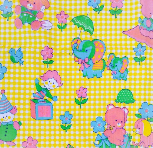 2.25yd VINTAGE NOVELTY FABRIC COTTON GINGHAN CHILDREN'S ANIMALS BABY ROOM