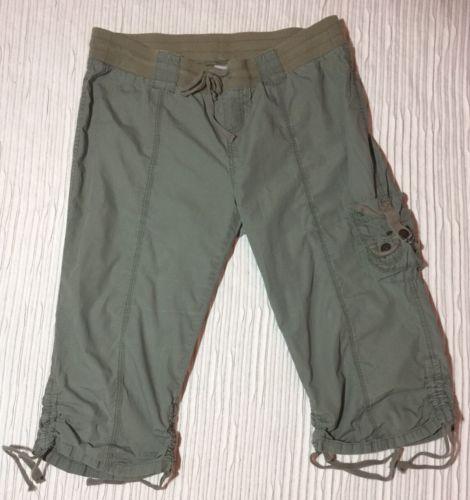 EUC L Cargo MOTHERHOOD MATERNITY Band  Fatigue-green Capri Pants with Pockets