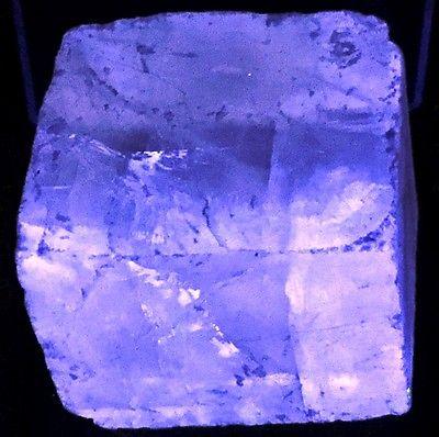 165g Fluorescent Phosphorescent Calcite Specimen Challenger Cave Mexico CA17-8