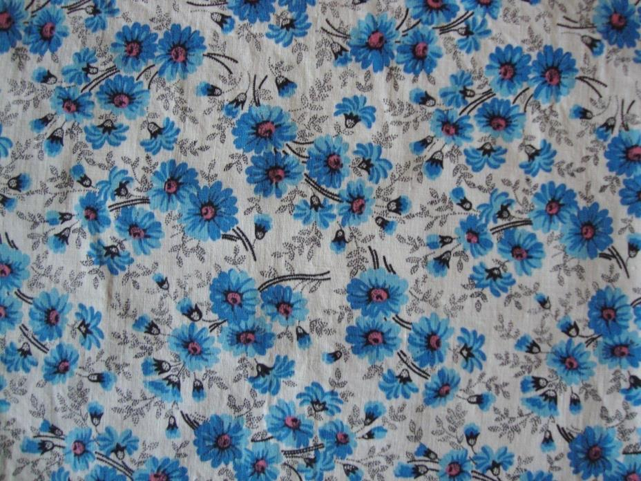 Vintage 1940s Blue Flower Cotton Fabric Quilt Doll Fabric 35
