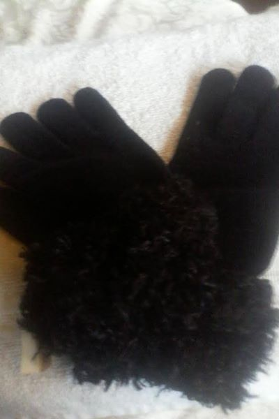Cejon Accessories Black Winter Gloves NWT