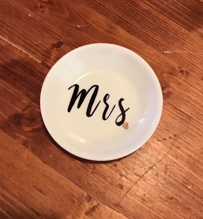 NEW Ceramic Mrs. Ring Dish