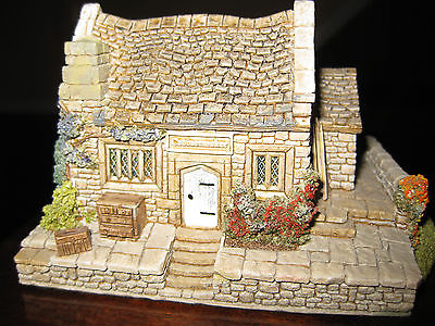 Lilliput Lane House Dovetails