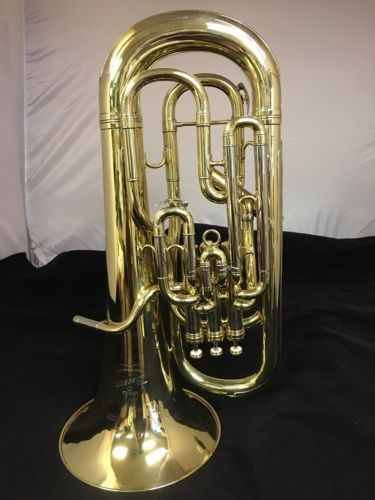 BESSON Professional Bright Brass Finished Compensating 4 Valve Euphonium w/Case