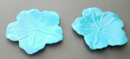 2 Summer Living Blue Flower Shaped Dinner Serving Appetizer Buffet Plate Flower