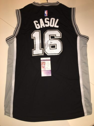 Pau Gasol Signed San Antonio Spurs Jersey JSA COA #16 Spain Lakers Bulls NBA !!