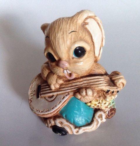 Vtg Easter Bunny Rabbit Playing Guitar Banjo Mandolin Figurine