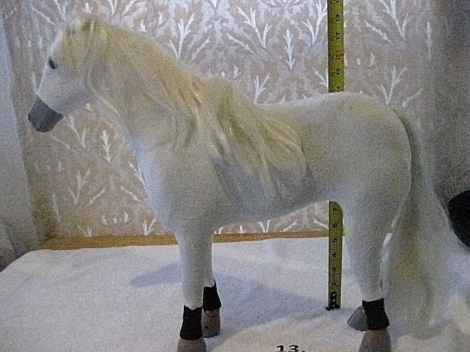 16' WHITE HORSE TOY
