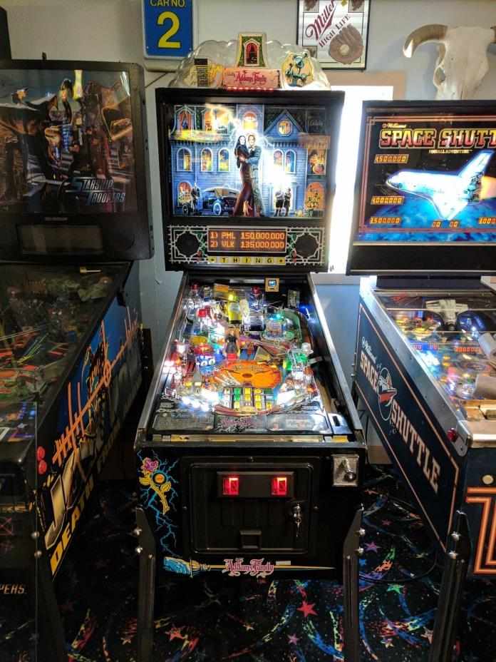 Addams Family Pinball Machine Bally 1992